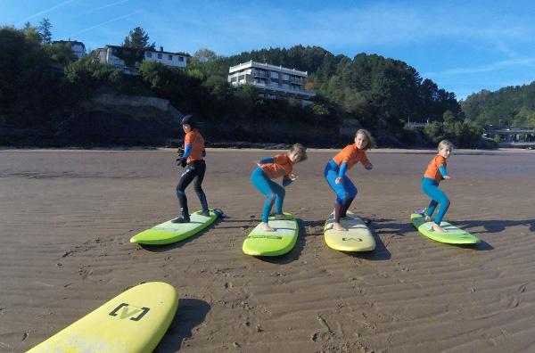 Clases de surf para todas las edades
