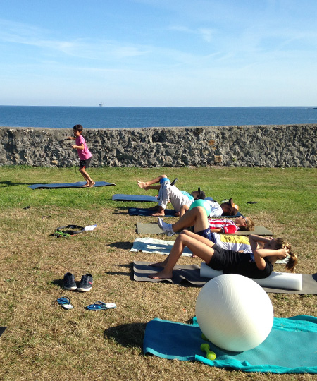 Yoga for kids in Mundaka beach