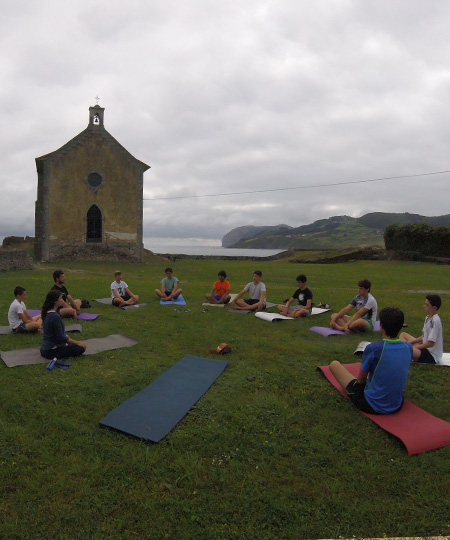 Yoga and Pilates in Mundaka beach