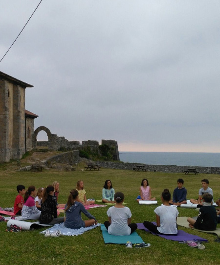 Yoga and pilates for all ages in mundaka