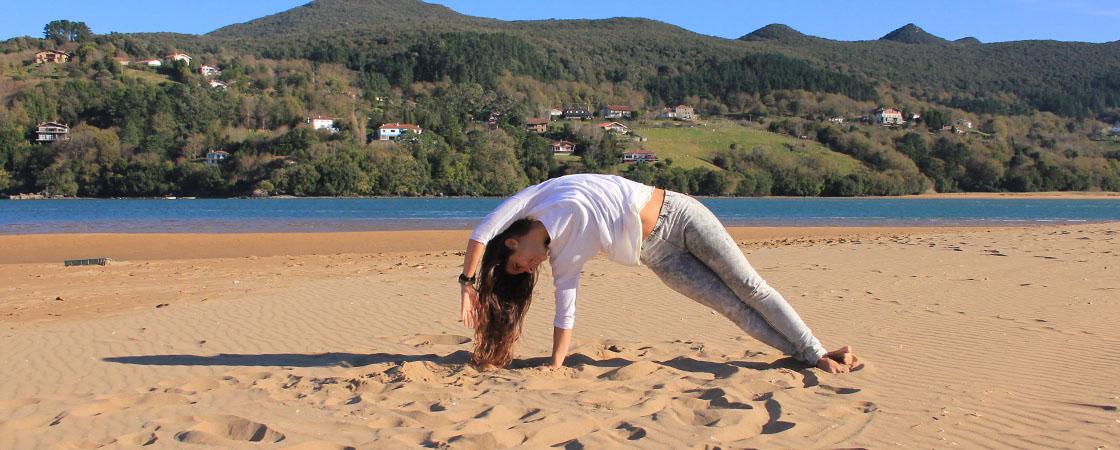 Yoga class in Mundaka Bay