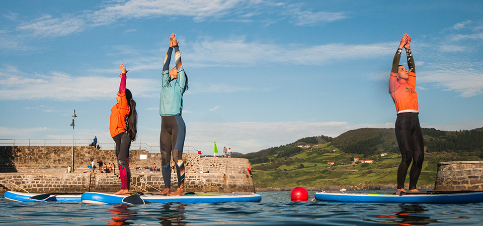 Paddle Pilates and Yoga in sunset Mundaka